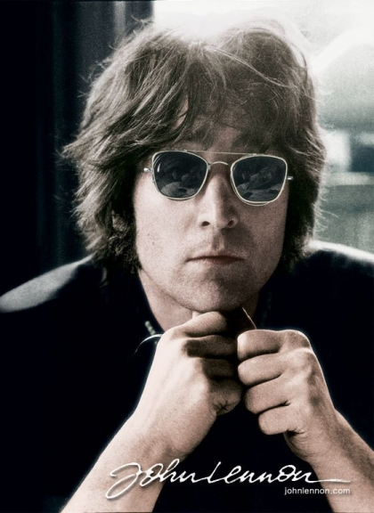 En Nueva York, asesinan a John Lennon, fundador de The Beatles